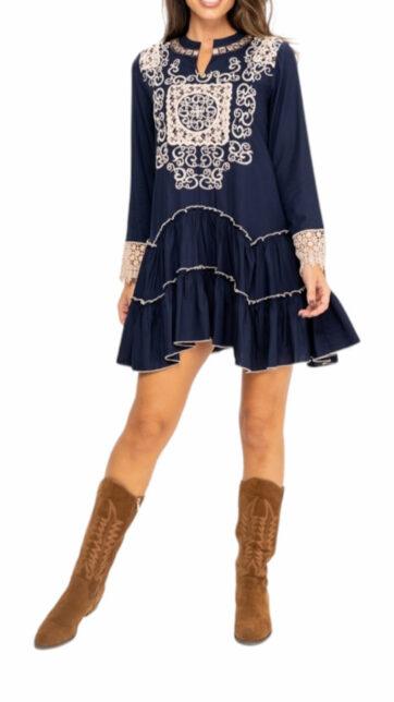 vestido corto azul bordado